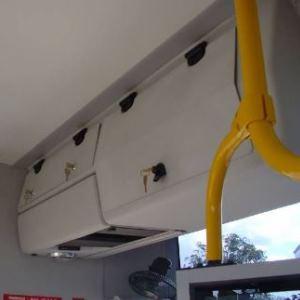 Scharnier m. einstellbarer Friktion für Businterieur