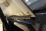 Stangenscharnier in Gepäckraumklappe